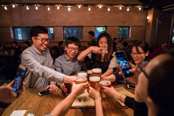 China Embraces Craft Beers, and Brewing Giants Take Notice