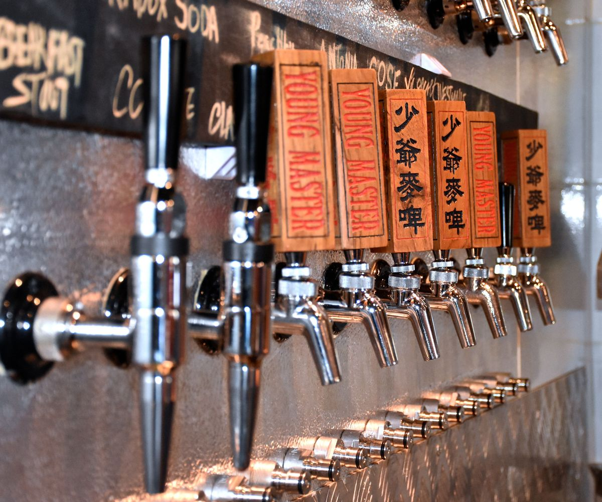 China. Craft Brewing in Hong Kong Draws on Local Flavors