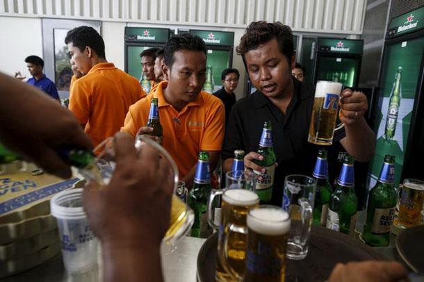 Myanmar. Beer Brands Return to Heineken from Military-Owned Brewery