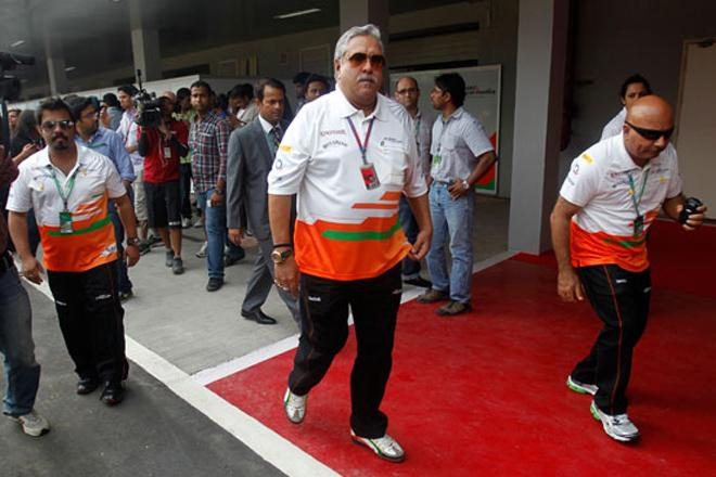 India. Vijay Mallya out of country, SC notice to appear before court within 2 weeks