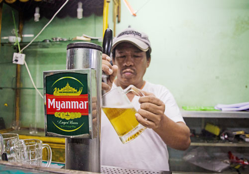 Myanmar. Beer station profits slump as pumps close