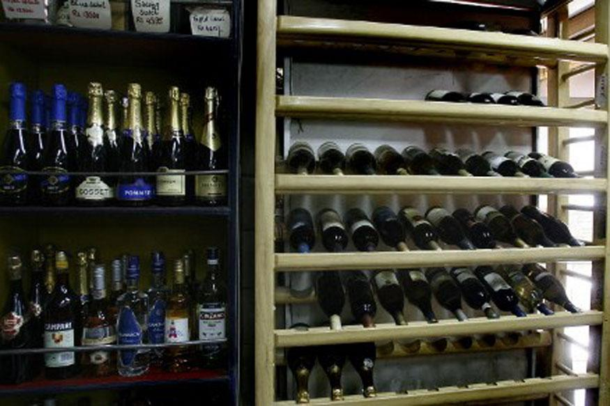 India. Liquor Sale on Rise in Tamil Nadu, Employees Fined for Not Meeting Targets