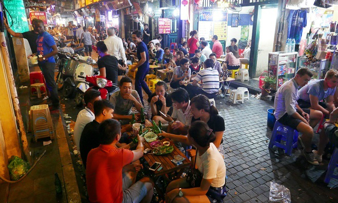 Vietnam's health ministry wants to ban late-night sales of alcohol