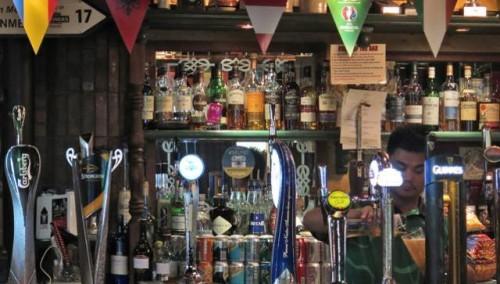 mideast-emirates-dubai-ramadan-alcohol-sales_0e9e3f18-705d-11e6-afc2-14e084056c80